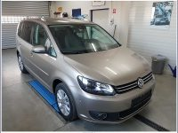 VW Touran Highline 2,0 BMT TDI DPF DSG bei Kölbl GmbH in