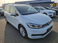 VW Touran Highline 2,0 SCR TDI bei Kölbl GmbH in